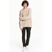 H&M Spodnie Slim fit 0420068003 Czarny