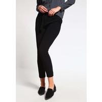 Vero Moda VMLUISA Spodnie materiałowe black VE121A0GO