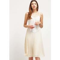 Miss Selfridge Sukienka koktajlowa taupe/beige MF921C091
