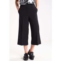 Vila VIASHLYN Spodnie materiałowe black V1021A08E