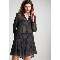 Sisley Sukienka koszulowa black 7SI21C066