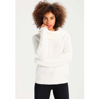 Vila VICHRISTANA Sweter cloud dancer V1021I0MU