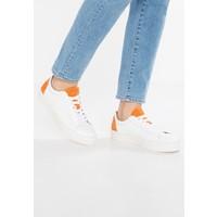 Selected Femme SFDONNA CONTRAST Sneakersy niskie dark cheddar SE511E014
