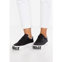 KENDALL + KYLIE MAX Sneakersy niskie black K0911E00B