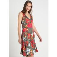 s.Oliver BLACK LABEL Sukienka z dżerseju green SOA21C04D