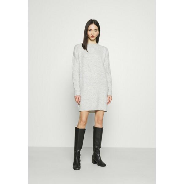 Vero Moda VMBLAKELY IVA Sukienka dzianinowa light grey melange VE121C2F5