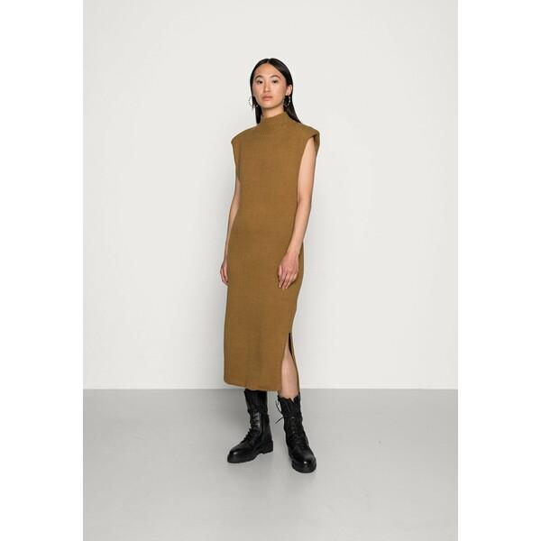 Gina Tricot PAM DRESS Sukienka dzianinowa dull gold GID21C070