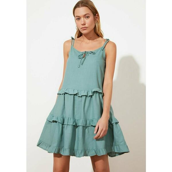 Trendyol Sukienka letnia green TRU21C0E1