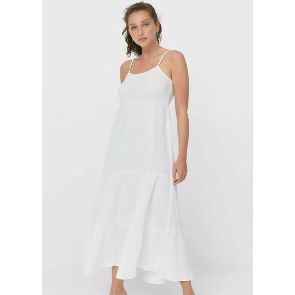 Stradivarius MIT RAFFUNGEN UND CUT-OUTS Długa sukienka white STH21C0J5
